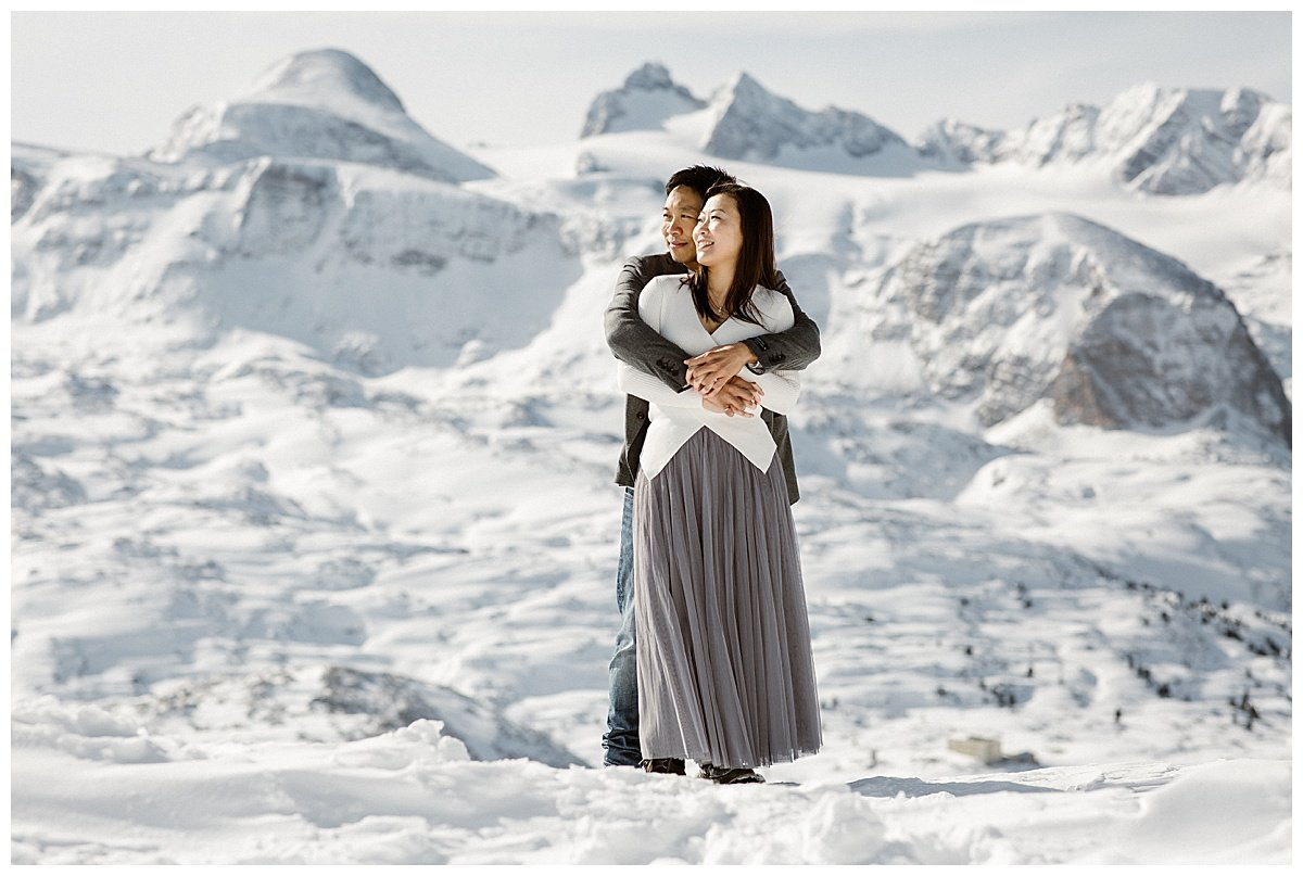 Winter engagement in Hallstatt