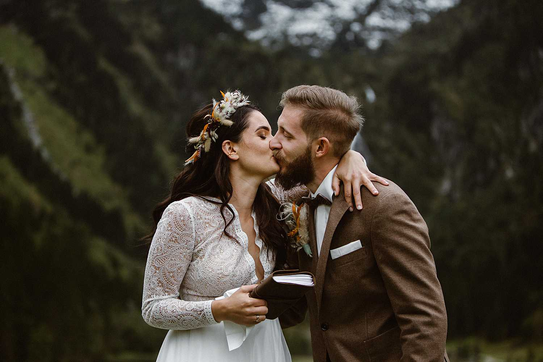 Elopement Vows in the Austrian Alps