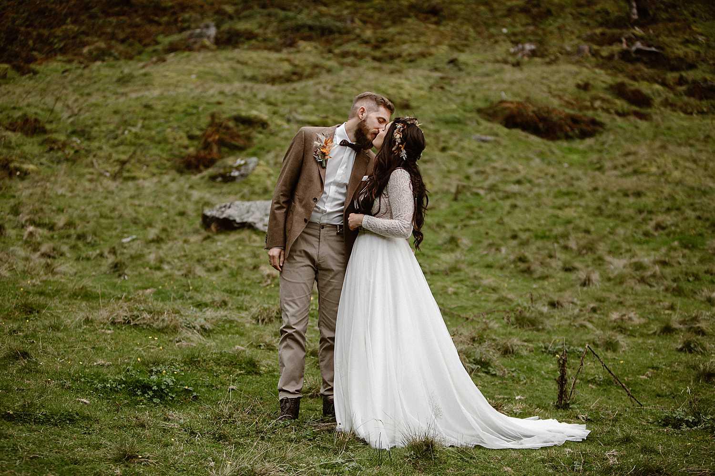 Adventure wedding bride in Austria