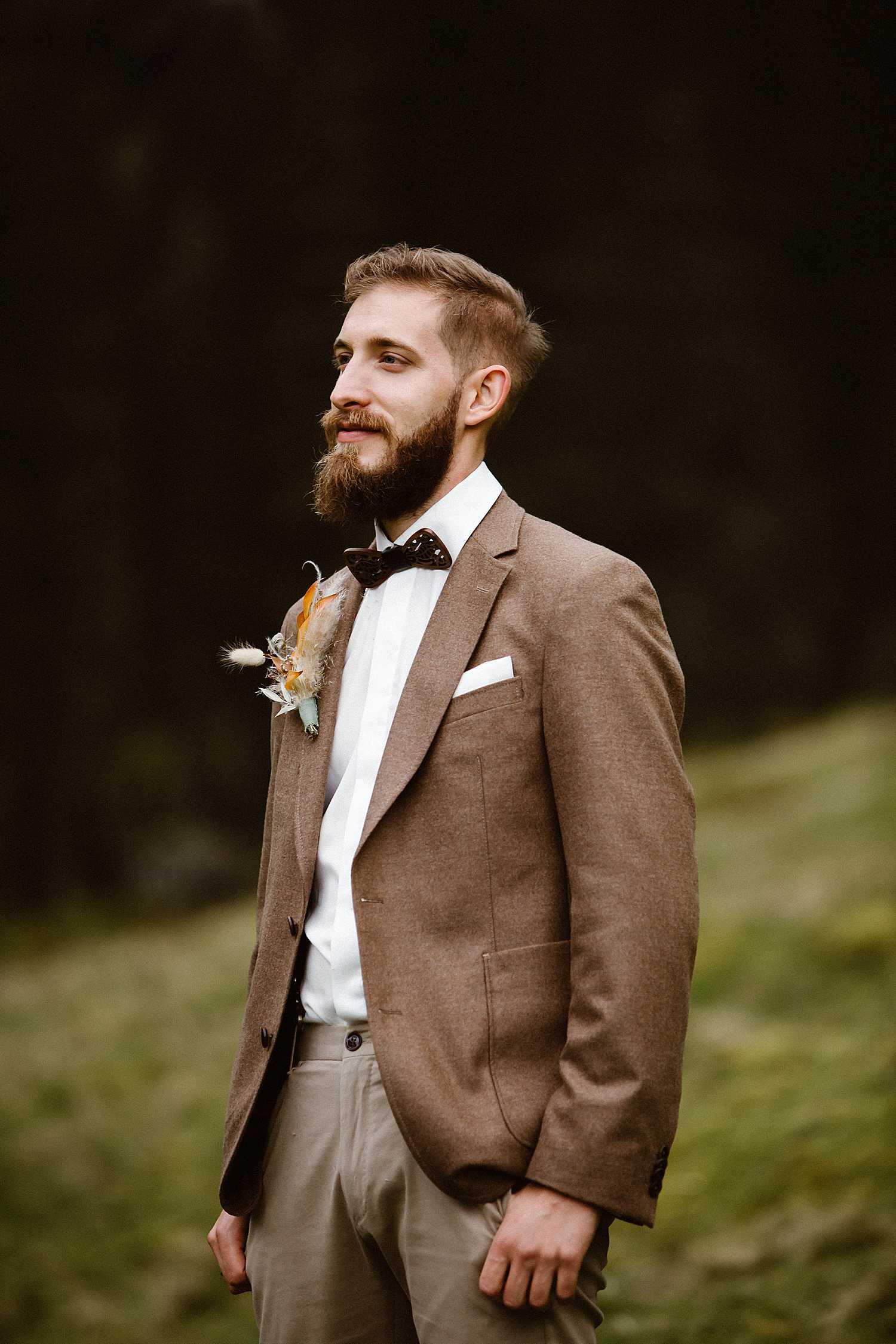Elopement portraits groom
